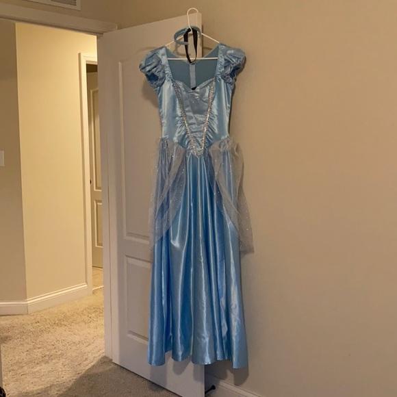 Women's Cinderella Halloween Costume